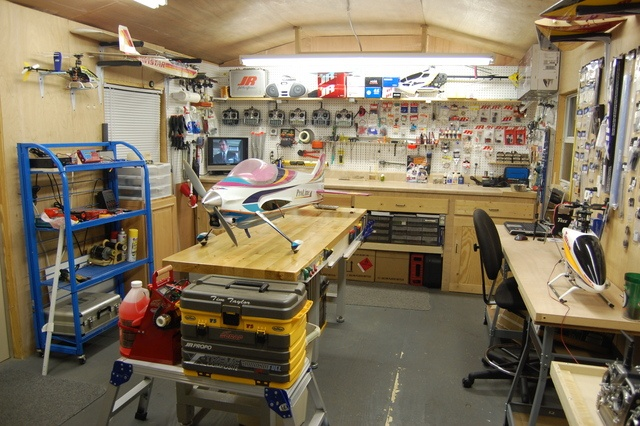 Reform your Home Garage into an Ultimate DIY Workshop